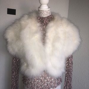 Accessories - Vintage Marabou Feathers massive vest super classy